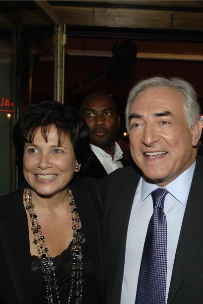 Dominique Strauss-Khan está casado con una mujer estaodunidense, Anne Si...