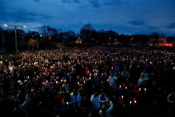 En el barrio de Dorchester, en los suburbios de Boston, más de mil perso...