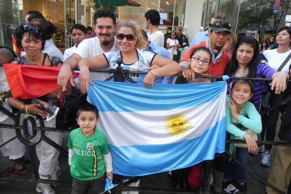 Llenos de orgullo por la 5ta avenida 2fa988ba2ea34fe288d4d1e755576c54.jpg