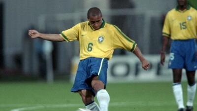 El brasileño marcó uno de los mejores goles de la historia.