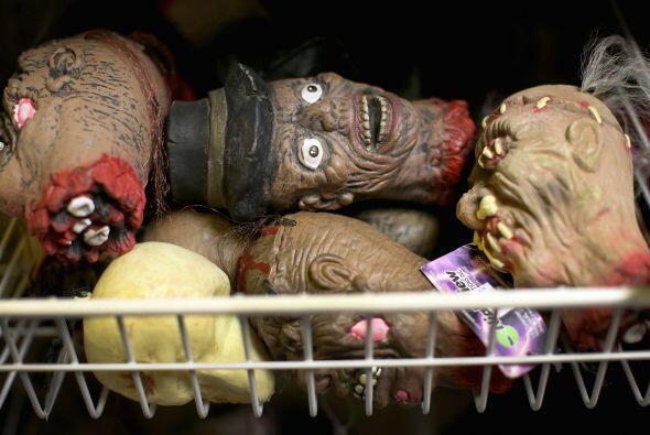 ¿Qué tal estas cabezas reducidas para adornar la entrada de tu hogar?