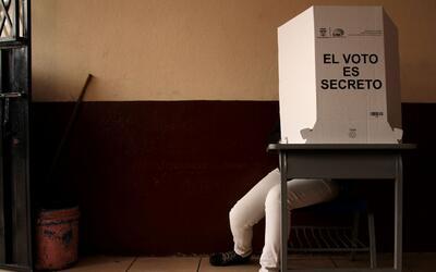 ¿Podrían las elecciones presidenciales en Ecuador significar un giro de...