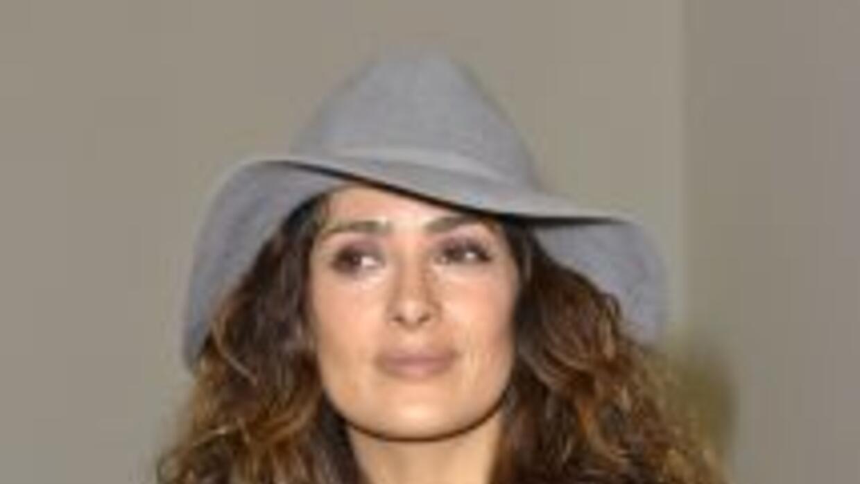 La actriz mexicana reveló detalles de un nuevo proyecto y de su próximo...