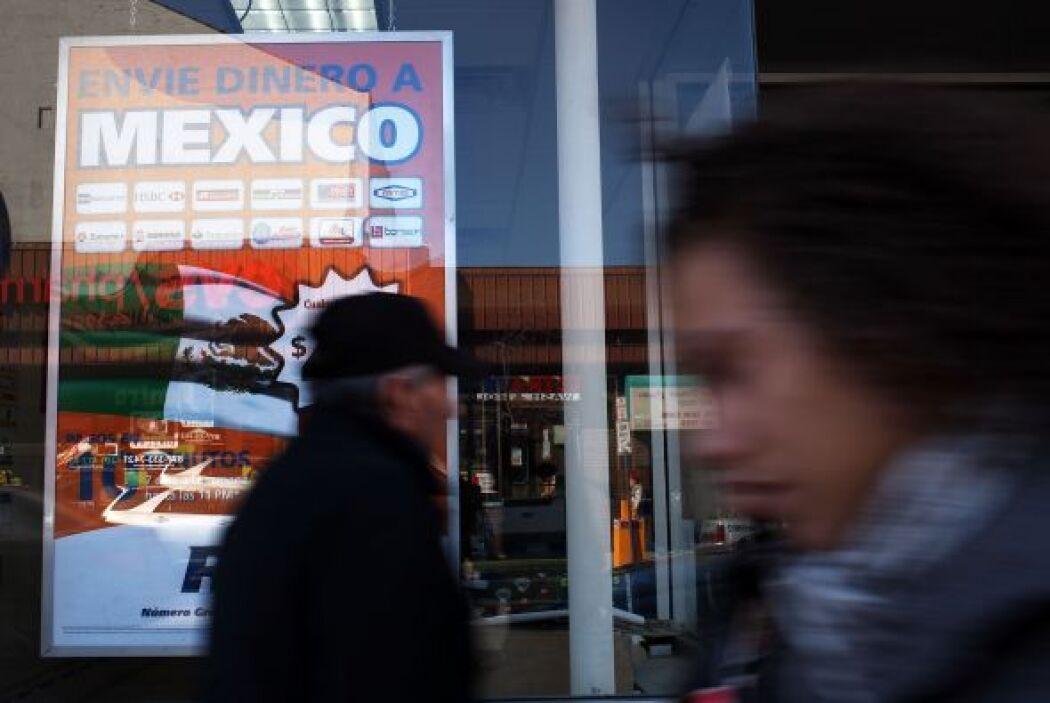 20. REMESAS A MÉXICO SE FUERON EN PICADA- El dinero enviado por los mexi...