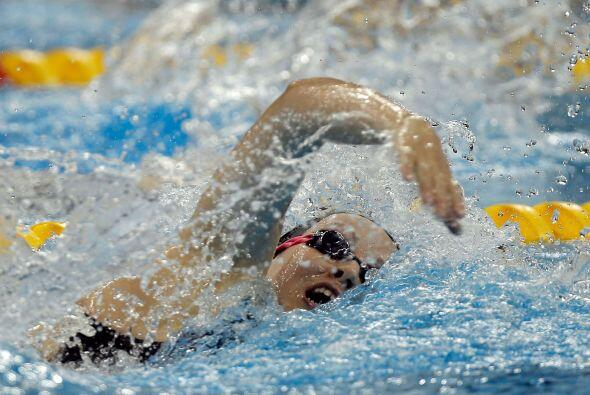 La chilena Kristel Kobrich acabó cuarta (16:05,11), aunque a más de siet...