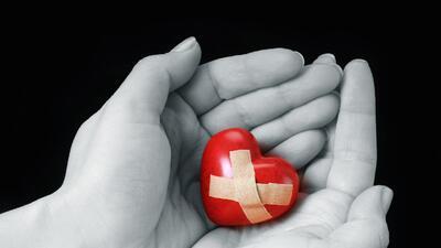 Mend their broken heart