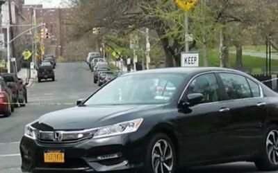 'Nueva York en un Minuto': buscan a un hombre señalado de atracador y ap...