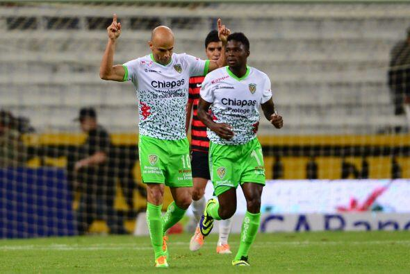 Chiapas vs. León.- Ambos cuadros vienen de juegos de muchos goles...