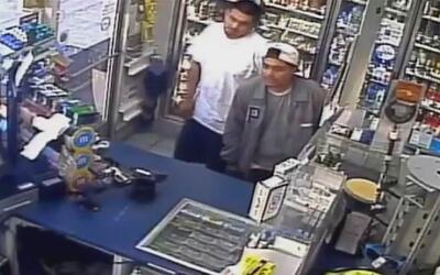 Buscan a los sospechosos de robar en dos negocios de Santa Ana en cuesti...