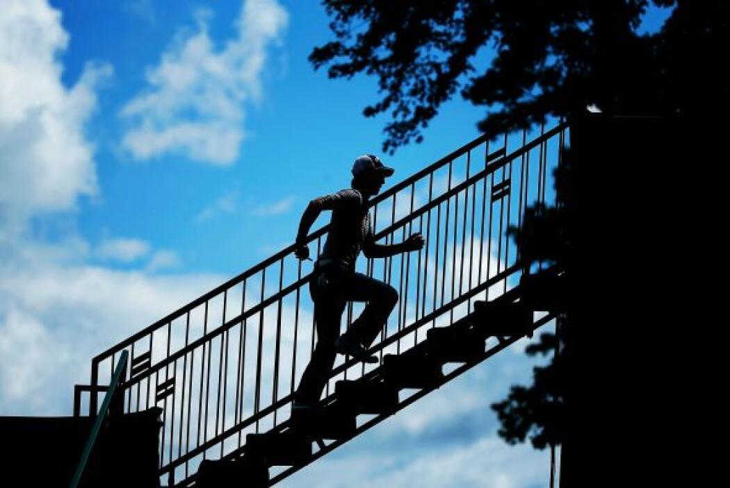 Pasar por debajo de una escalera… según la mitología esta superstic...
