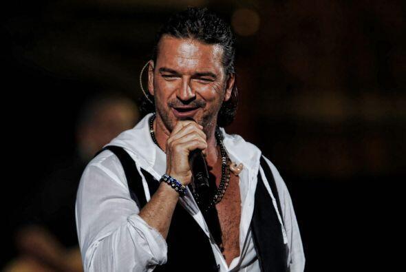 Arjona ha vendido más de 20 millones de discos.