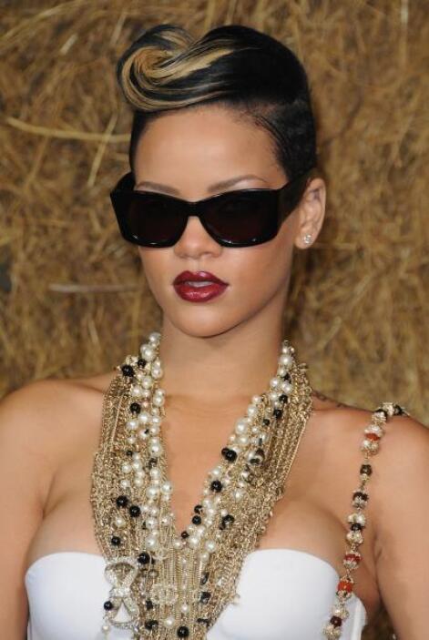 Rihanna tiene una amplia gama de opciones para cada ocasión. Su guía de...