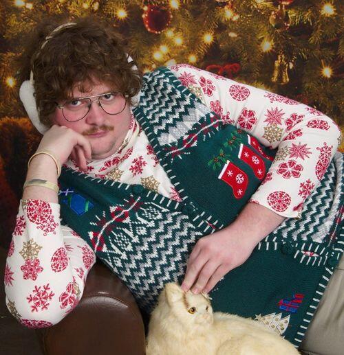 No lo envidies si tiene un abrigo navideño, más emotivo que el tuyo y ad...