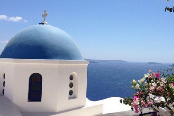 Una bella imagen desde Santorini, Grecia.