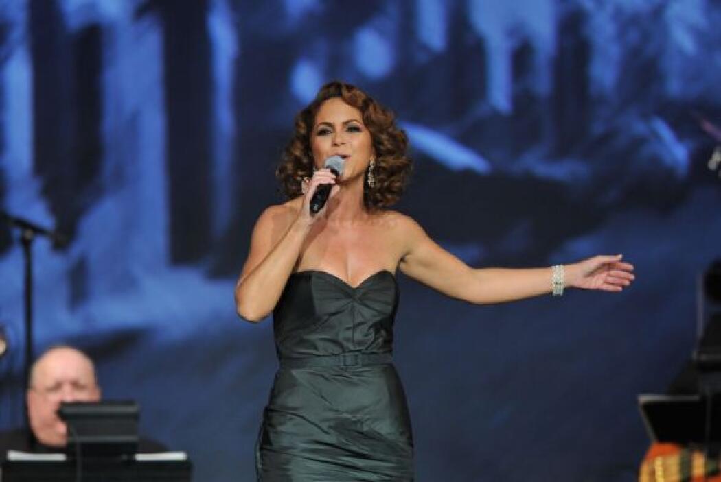Lucero le cantó al tenor Plácido Domingo en la ceremonia de Persona del...