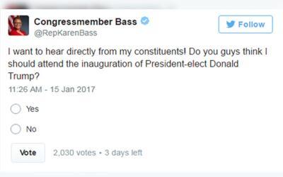 La congresista Karen Bass invitó a sus electores a participar en...