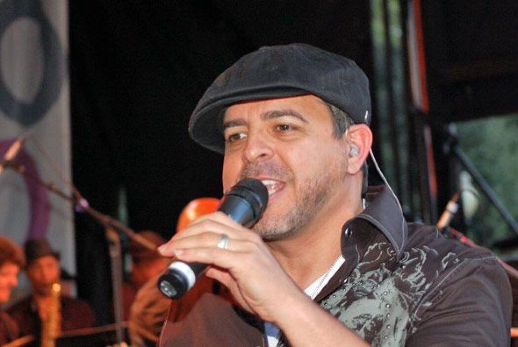 "El publico se deleito escuchando en vivo temas como ""Yo no se ma?ana""."