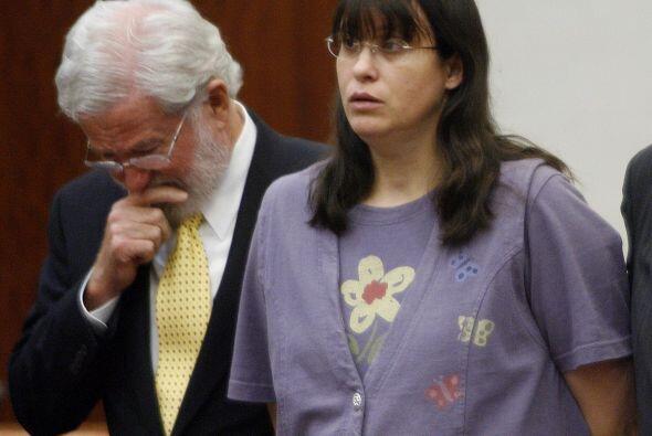 Sólo fue condenada por dos homicidios capitales y sentenciada a c...