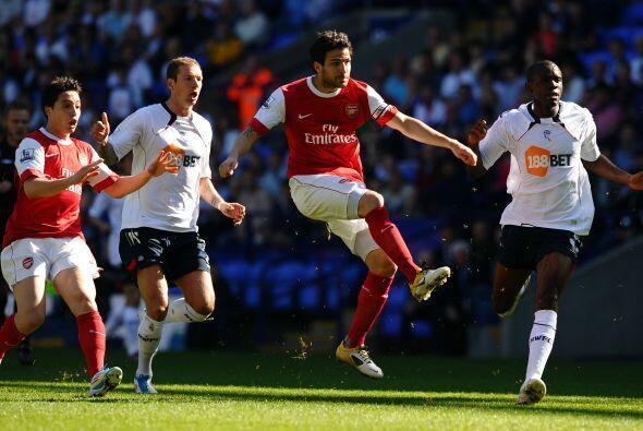 El ataque del Arsenal estuvo mostrando impresiciones.