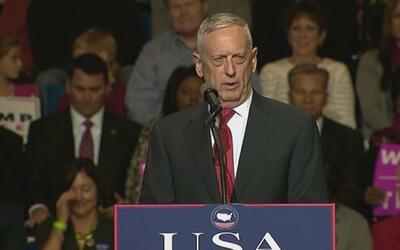 La primera aparición pública del general en retiro Mattis tras ser nomin...