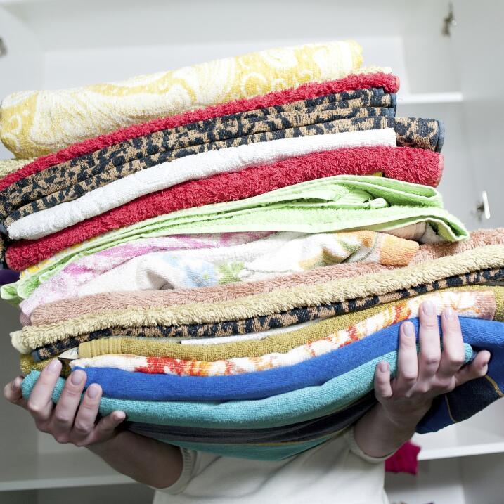 Para alisar pantalones de mezclilla o de telas pesadas puedes optar por...