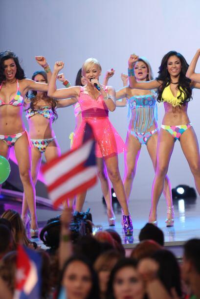 Las chicas bailaron al ritmo de algunos de sus éxitos, y se divirtieron...