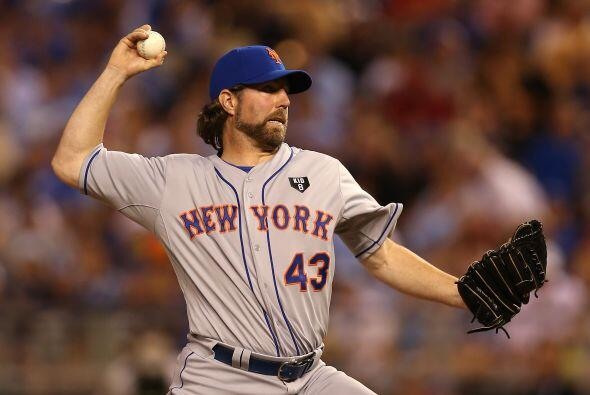49. NEW YORK METS  Valor: $719 millones.  Dueño: Fred y Jeff Wilpon, Sau...