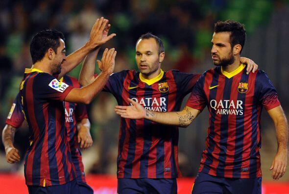 Ahora fue el turno para que Fábregas se uniera a la lista de gole...