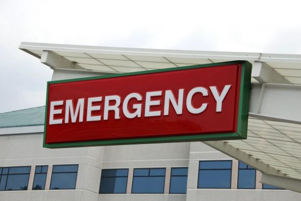 10- Esté alerta y diríjase de inmediato al servicio de urgencias para co...