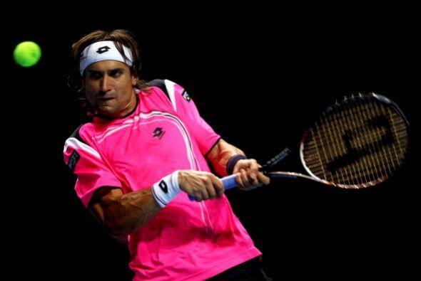 El español David Ferrer, quinto del mundo, perdió en tres sets por  3-6,...