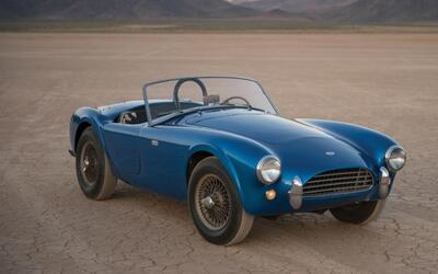 El primer Shelby Cobra 260 bate récords de precio en subasta