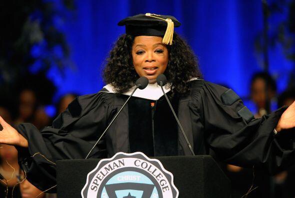 Winfrey, también galardonada en años anteriores por otras instituciones,...