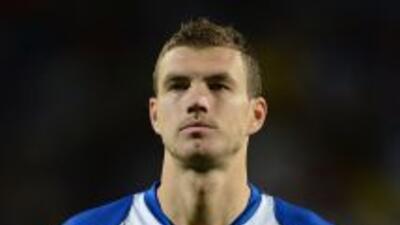 Dzeko encabeza la lista de Bosnia para Brasil.