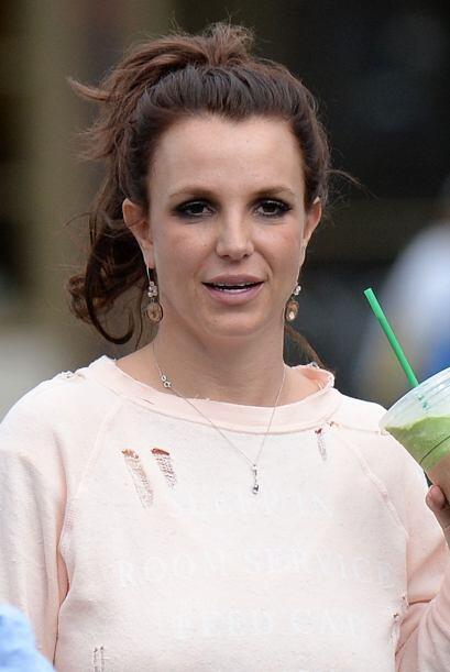 Britney Spears cabellera castaña