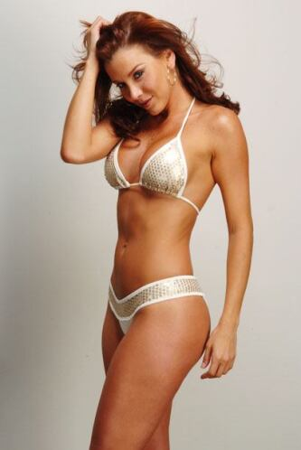 Pero no se puede negar que con este bikini cualquiera le cree sus palabras.