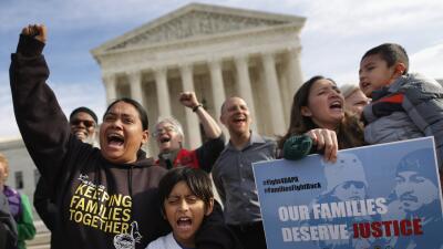 Maribel Hastings: La Suprema Corte revive las esperanzas GettyImages-Sup...
