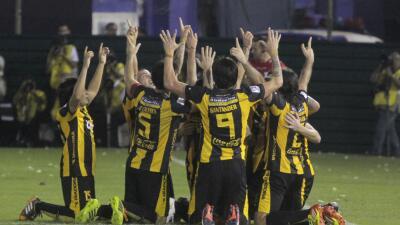 Derrotaron por la mínima a Racing con gol de Julián Ben&ia...