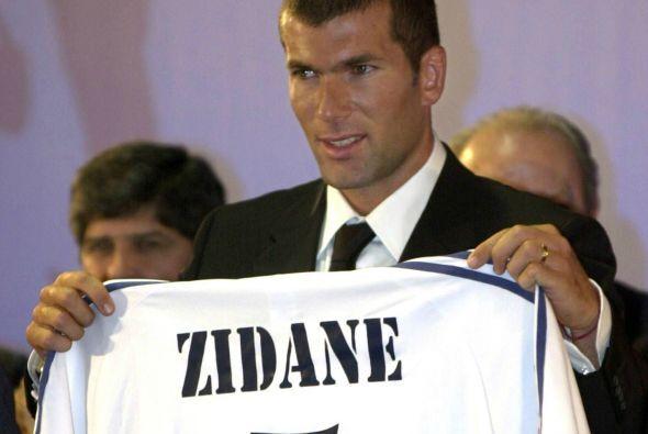 En el cuarto lugar tenemos al francés Zinedine Zidane quien dejó a la Ju...