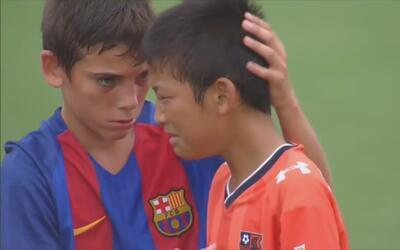 Estos niños del Barcelona FC nos demuestran que no todo es ganar al cons...