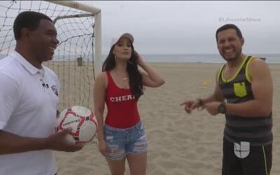 Nos fuimos a la playa con una mala bien buena;  Victoria 'La Mala' Ortiz