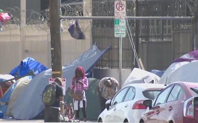 Hay nuevas restricciones en Los Ángeles para quienes viven en sus vehículos