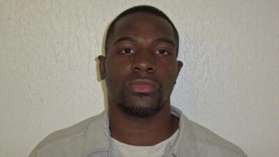 Hombre en Oklahoma decapita a compañera de trabajo y apuñala a otra mujer