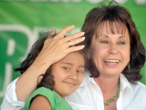 La ahora ex primera dama de Guatemala, Sandra Torres, que despejó la vía...