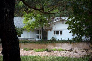 Las inundaciones en Colorado destruyeron o dañaron miles de viviendas y...