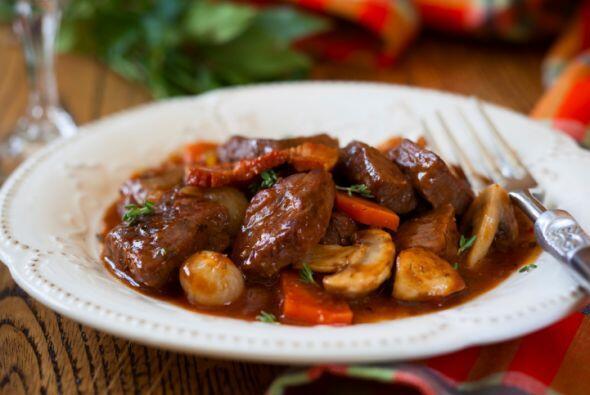 Lomo de cerdo mechado Esta receta es espectacular y bastante fácil de p...