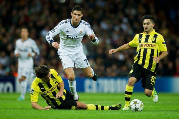 El Madrid buscó reaccionar de inmediato, con Cristiano Ronaldo como líde...