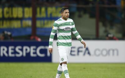 Emilio Izaguirre jugando con Celtic