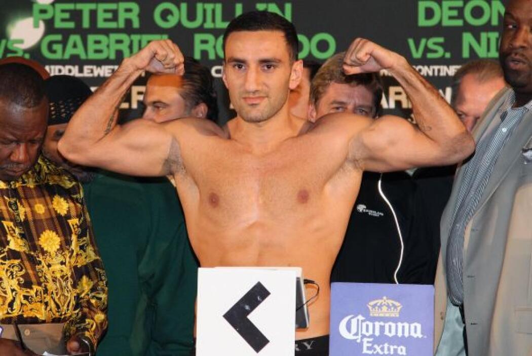 Murat pesó 175 libras, en el límite de la categoría.