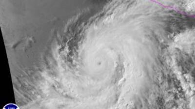 Imagen del huracán Blanca tomado por un satélite del NOAA.