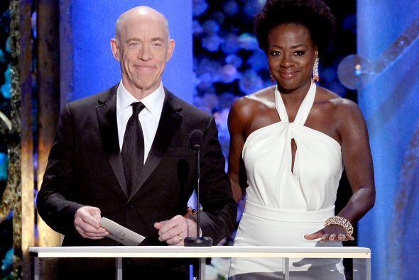 J.K. Simmons y Viola Davis, quienes triunfarían en sus categorías esta n...